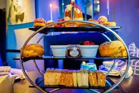 The Cumberland Hotel - Contemporary or Prosecco Afternoon Tea with Amuse Bouche for Up to Four - Save 45%