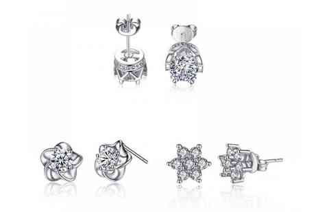 Your Ideal Gift - Set of three pairs of crystal earrings - Save 80%