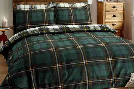 Groupon Goods Global GmbH - Pieridae Brushed Cotton Check Duvet Set - Save 0%