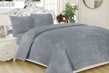 Home Decoration World - Teddy Fleece Thermal Duvet Set Plus Pillowcases Choose from 5 Colours - Save 67%