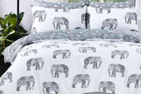 Groupon Goods Global - Elephant Reversible Duvet Set - Save 77%