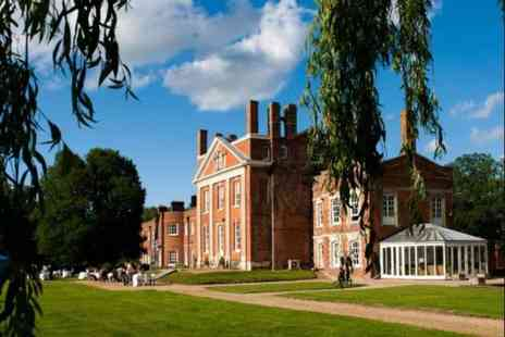 Warbrook House - Overnight Hampshire stay for two including breakfast, a glass of Prosecco each, late checkout and cream tea - Save 37%