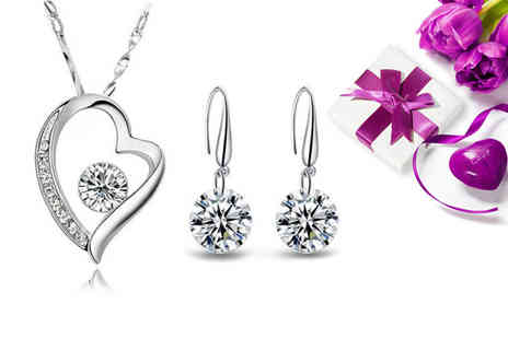 Sreema London - Sterling silver heart necklace and drop earrings - Save 63%