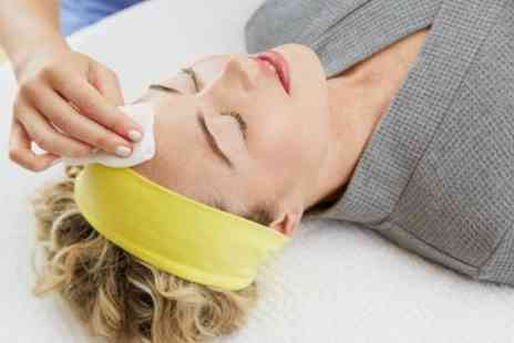 The Beauty Refinery - Choice of Facial with Optional Indian Head Massage - Save 33%