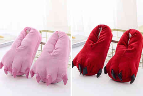 Spezzeee - Pair of monster claw slippers - Save 65%