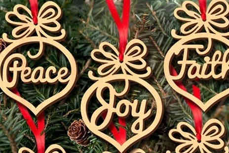 WowWhatWho - 6, 12 or 24 Wooden Hanging Christmas Pendants - Save 90%