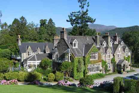 Penmaenuchaf Hall Hotel - Two nights Snowdonia stay for two with sparkling wine on arrival, £25 dinner voucher for dinner on first night only, breakfast and 12pm late check out - Save 63%