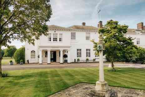 Milton Hill House - Double or Superior Room with Breakfast and Two Course Dinner at Milton Hill House - Save 20%