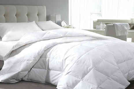 Ground Level - Luxury 13.5 tog goose and down duvet choose your size - Save 68%