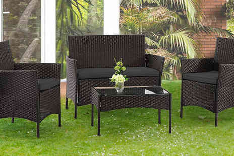 Direct 2 public - 4 Seater Outdoor Rattan Furniture Set with Table - Save 81%