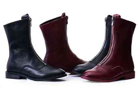 Evaniy - Pair of zip leather sheepskin boots - Save 80%