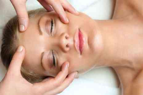 The Day Spa - 30 Minute Decleor Facial - Save 49%