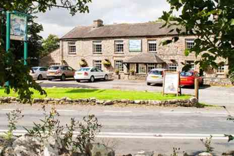 The Fat Lamb Hotel - 1, 2 or 3 Nights Stay for Two with Breakfast and Optional Prosecco - Save 35%