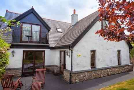 Hustyns Hotel and Spa - 2 to 4 Nights in Self Catering Three Bedroom Lodge with Spa Access for Up to Seven - Save 0%
