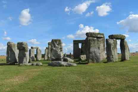 UK Vacation Tours - Stonehenge Independent Visit with Private Driver Up To 8 People - Save 0%