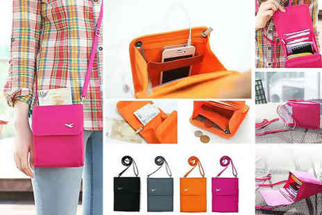 London Exchain Store - Travel document handbag Choose from 4 colours - Save 75%