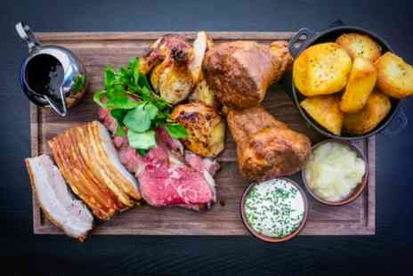 100 Wardour St Bar & Lounge - Bottomless Fizz and Three Course Sunday Roast with Live Music for Two - Save 0%