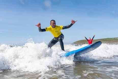 Surfing Croyde Bay - Surf Experience 2.5 Hour Private 1:1 Surf Lesson - Save 0%