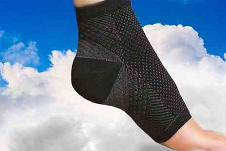 ugoagogo - Compression socks - Save 75%