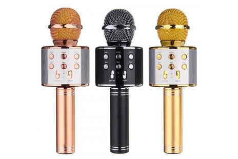Bellap - Set of two karaoke microphones with Bluetooth speakers - Save 87%